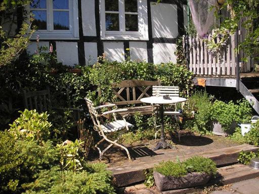 Gartenbau schmitz for Romantische gartengestaltung